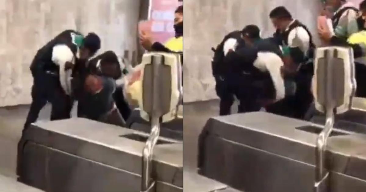 Policías someten a usuario del metro por negarse a usar cubrebocas