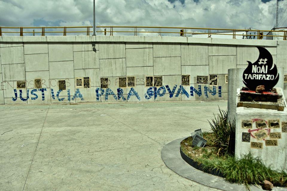 Fotos || Hacen pintas en el corredor Alfredo del Mazo en Toluca