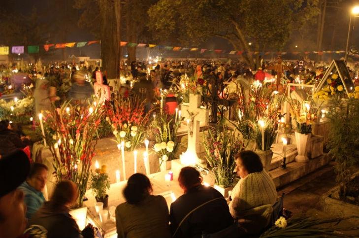 Podrian-abrir-panteones-durante-Dia-de-Muertos-en-Toluca