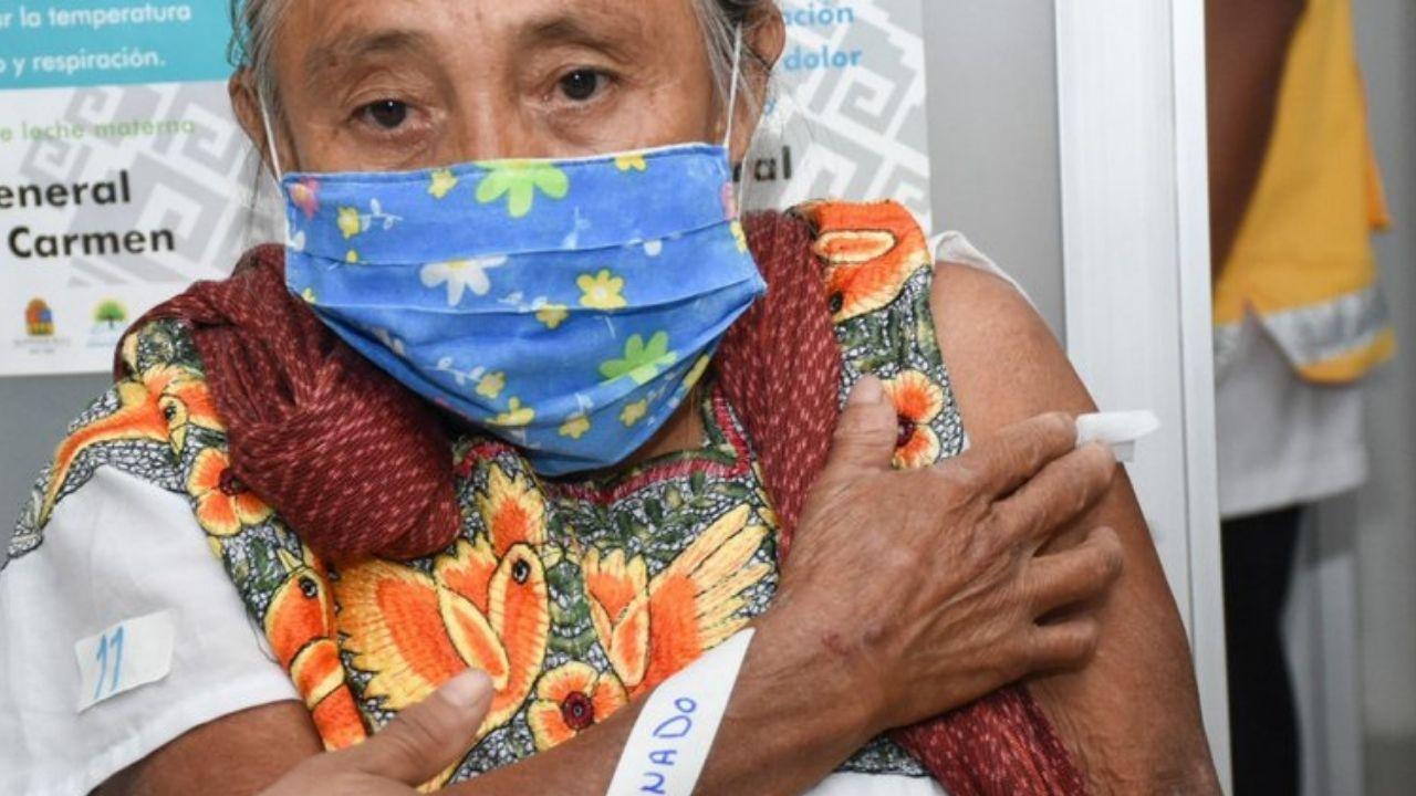 mujer-sufre-reaccion-adversa-luego-de-recibir-vacuna-contra-covid