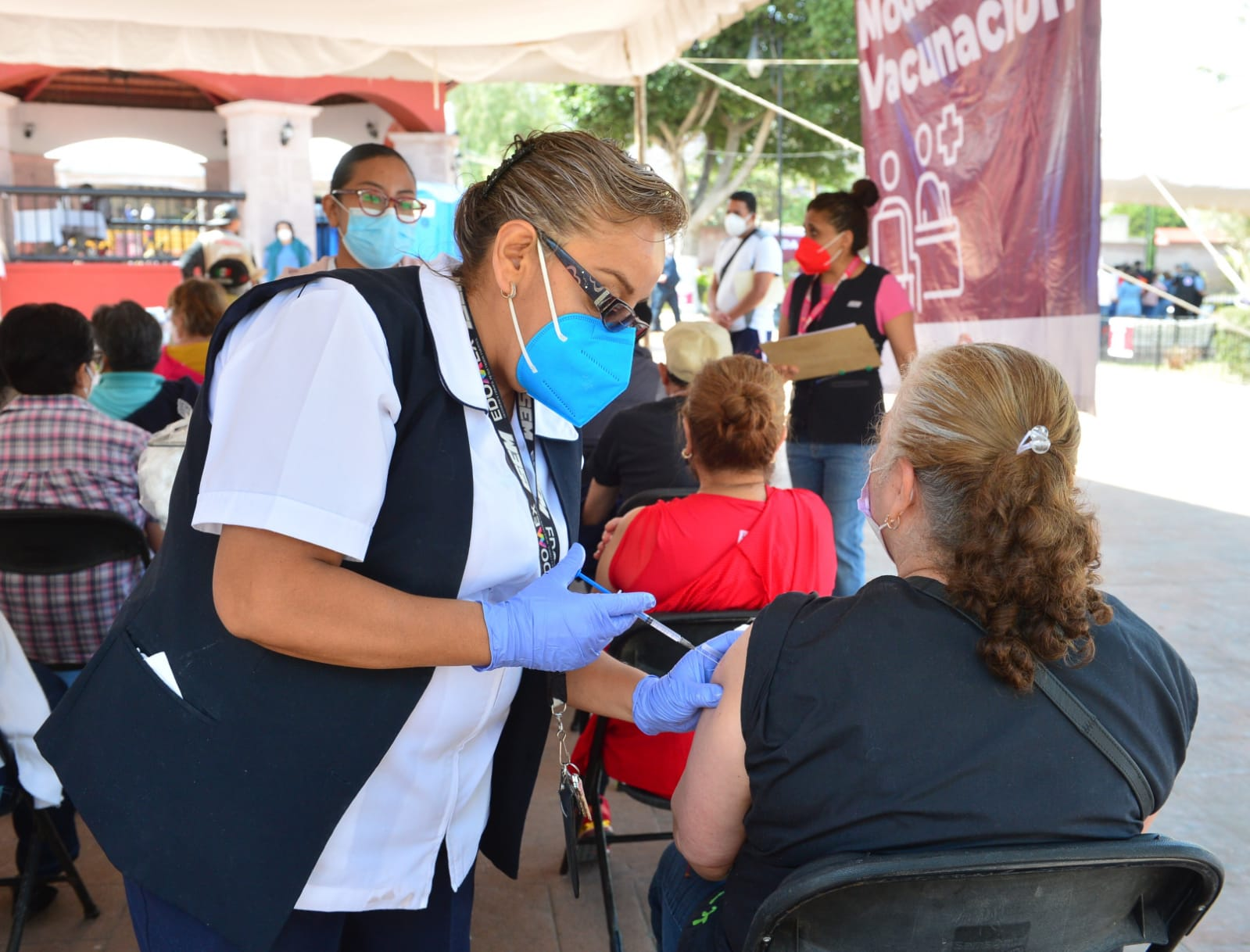 A partir del miércoles 31 de marzo, iniciará la vacunación contra el COVID-19 para adultos mayores en 16 municipios del Edoméx