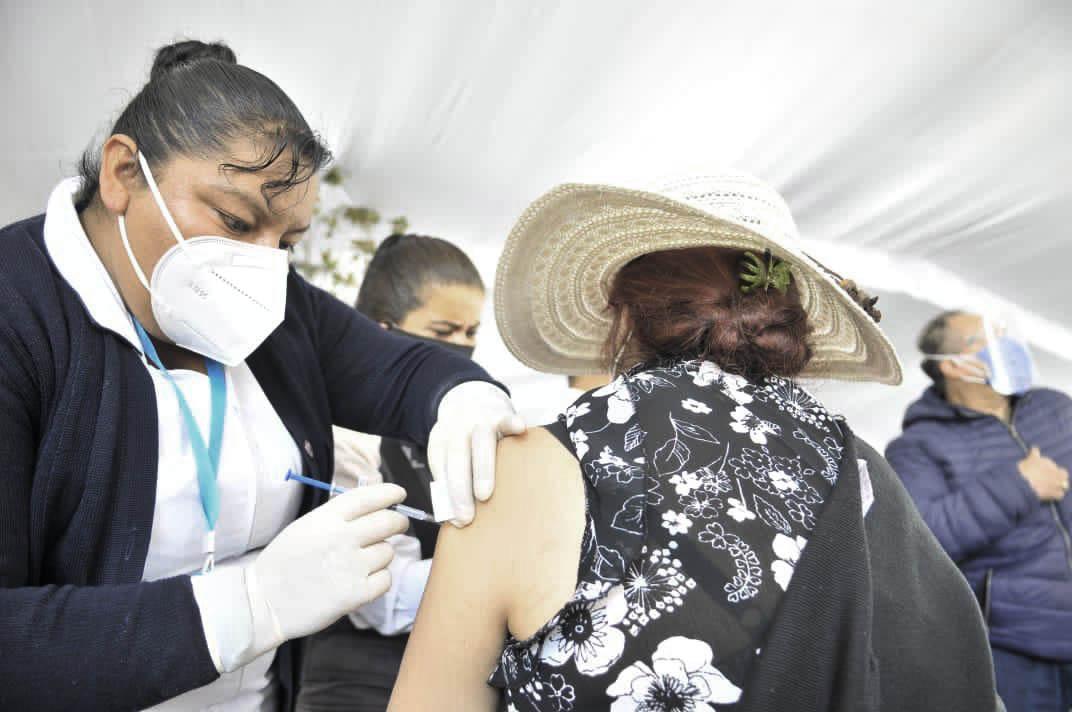 La vacunación contra COVID-19 para los adultos mayores de 60 años de Lerma se realizará del 1 al 3 de abril de las 9:00 a las 17:00 horas