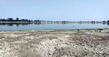 Laguna seca en Toluca ahora es un basurero árido